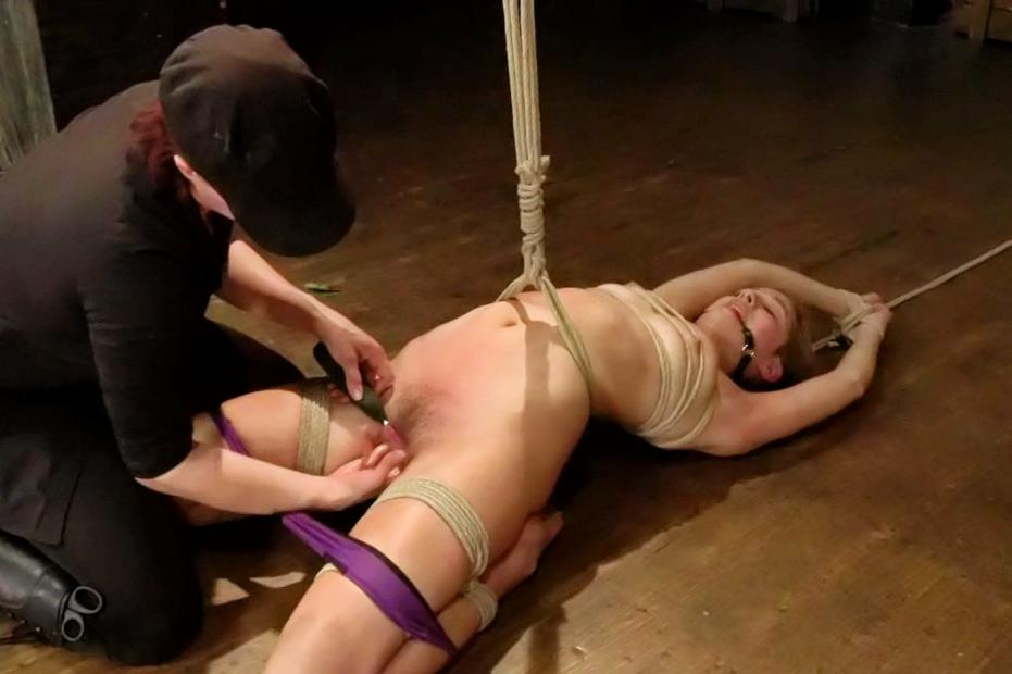 Sadism & masochism restrain bondage..
