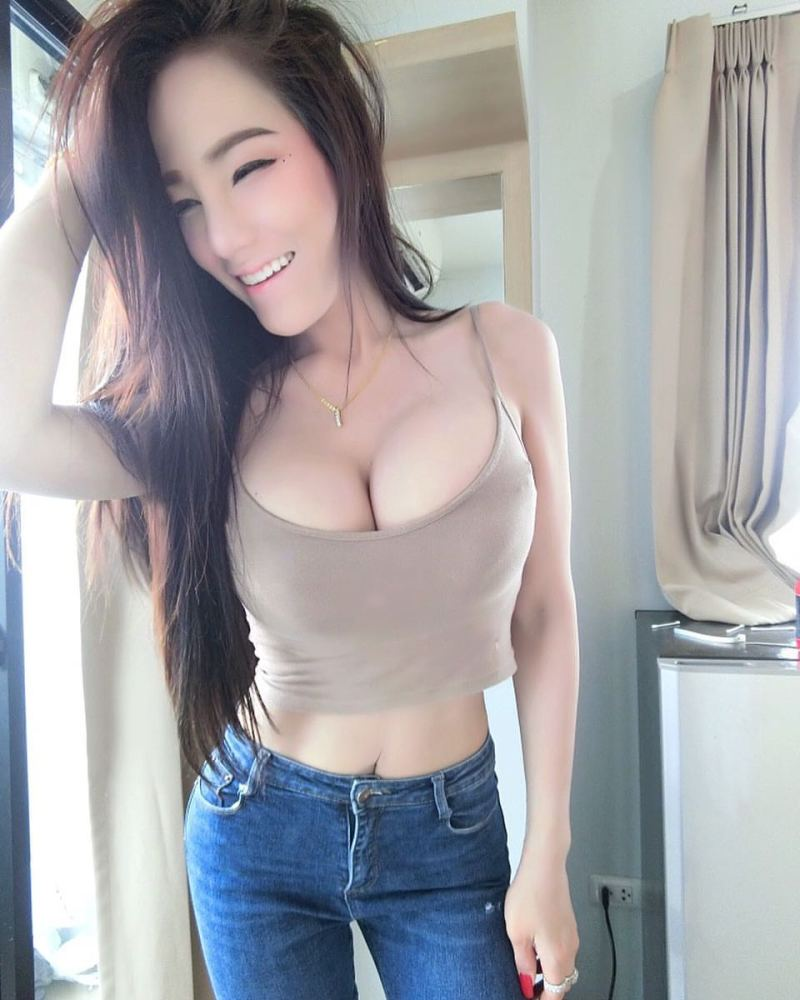 Compilation of dolls with deep bosom 14p